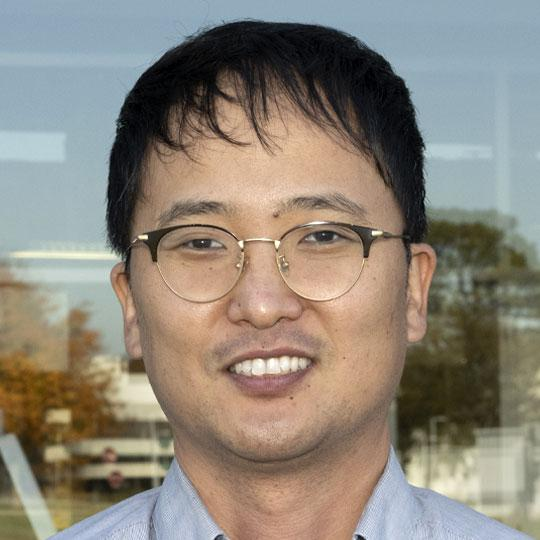 Seongmin Bak