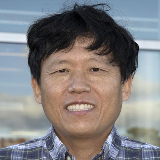 Xianghui Xiao