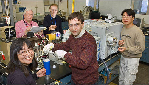 Photo of solar fuel researchers