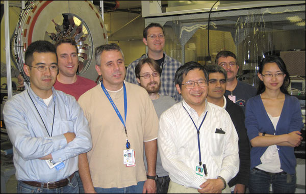 Yasuyuki Akiba with some of the PHENIX Silicon Vertex Detector group