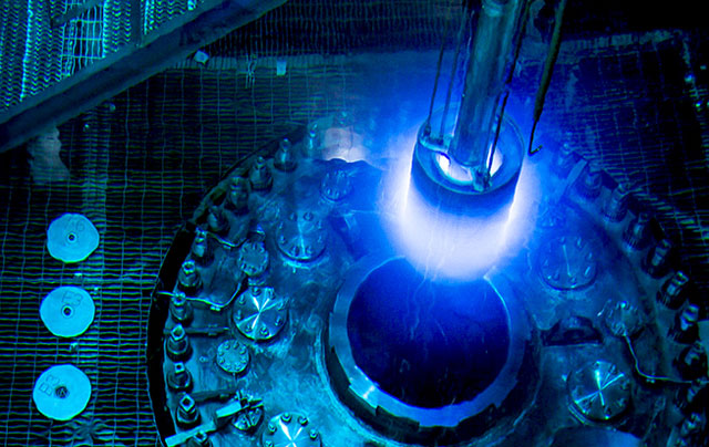 Refueling of the High Flux Isotope Reactor