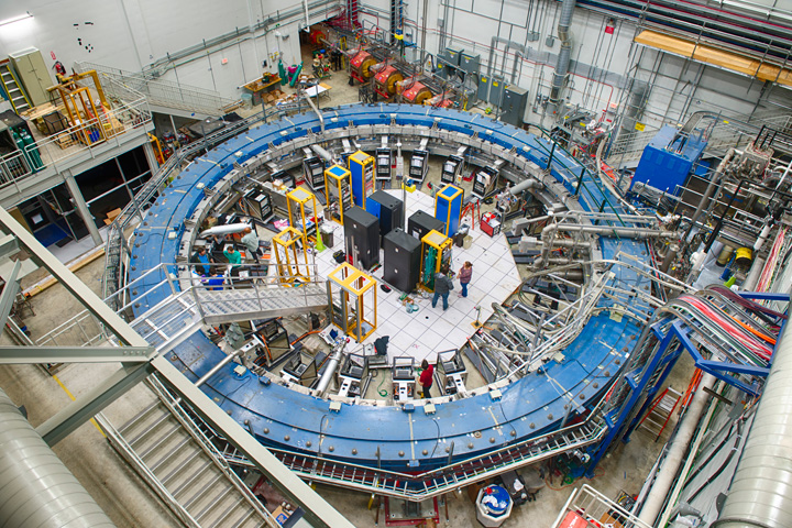 The Muon g-2 ring with instrumentation