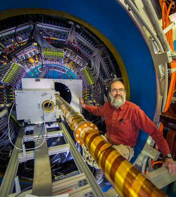 Brookhaven Lab physicist Flemming Videbaek