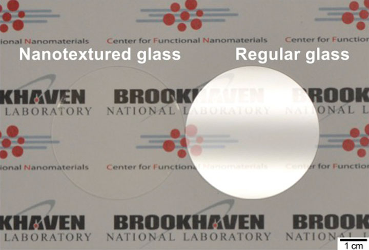 Glass surfaces with etched nanotextures