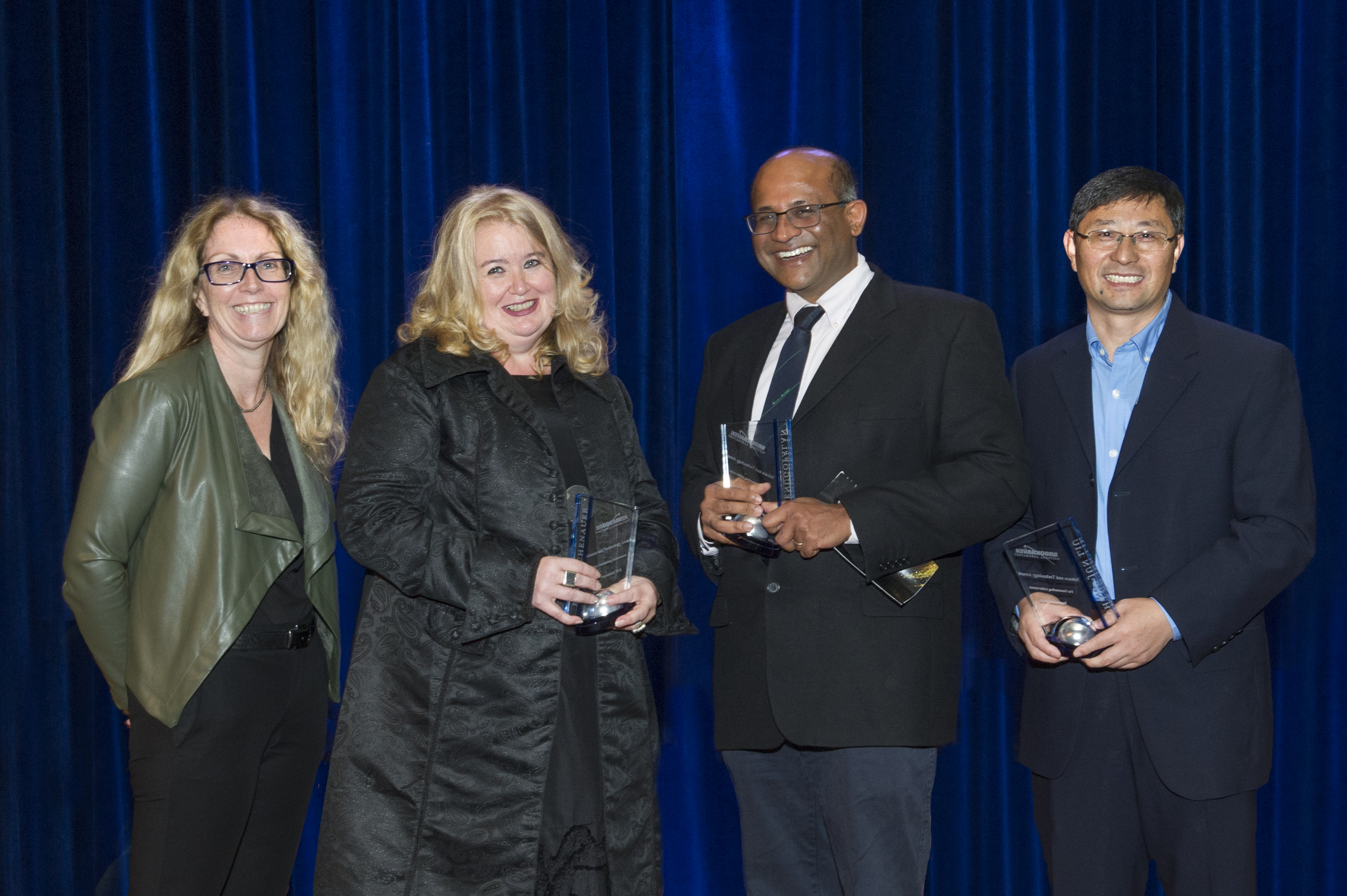 Anette Michel H 470 staff members recognized at 2018 employee awards & vip