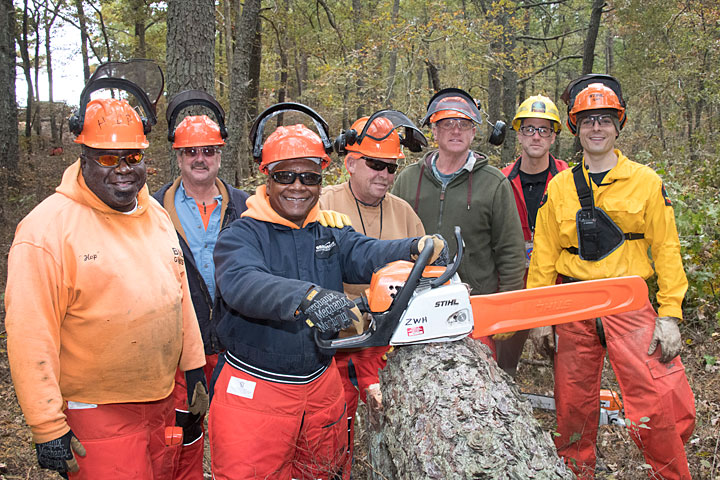 Photo of group at chainsaw training