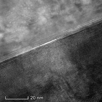 transmission electron microscope image showing atom-by-atom layers of a topological insulator