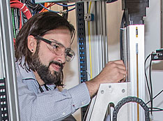 NETL researcher studying the chemical conversion