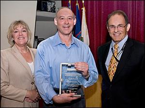 Elliott Levitt Wins BERA Service Award