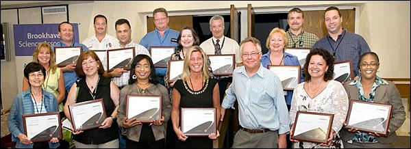 18 BNLers Complete Supervisor Certificate Program
