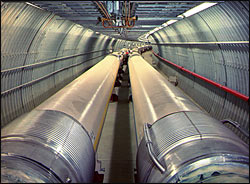 Superconducting magnets in the RHIC tunnel