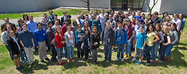Students visit BNL
