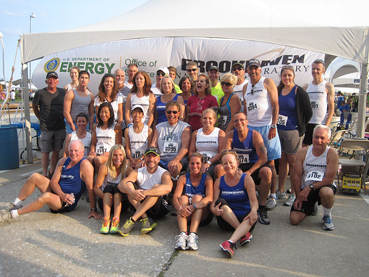 Brookhaven Lab employees, interns, and family and friends at the Marcum Workplace Challenge